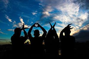 Картинка Любовь Небо Люди Силуэт