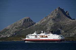 Обои Норвегия Горы Корабли Круизный лайнер