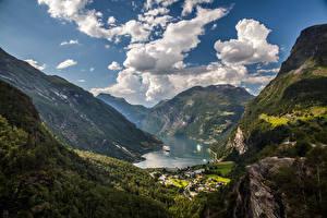 Фото Норвегия Горы Небо Пейзаж Залив Облака Geiranger Fjord Природа