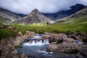 Фотография Шотландия Горы Водопады Камень Пейзаж Пар Fairy Pools Природа