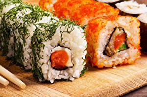 Обои для рабочего стола Морепродукты Суши Икра Крупным планом Рис Еда