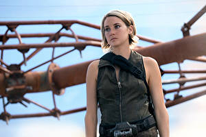 Фотографии Шейлин Вудли Взгляд The Divergent Series: Allegiant Фильмы Знаменитости Девушки