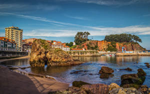 Картинки Испания Побережье Дома Камни Скала Candas Asturias