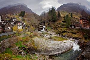 Картинки Швейцария Горы Дома Водопады Мох Деревья Verzasca Valley Города