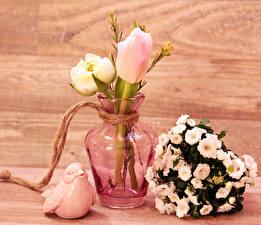 Картинки Тюльпаны Лютик Птицы Букеты Ваза Цветы