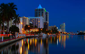 Картинка США Дома Речка Побережье Майами Ночь Города