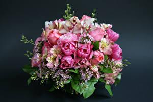 Обои Букеты Розы Альстрёмерия Орхидеи Тюльпаны Цветной фон