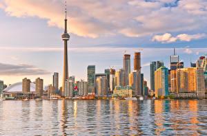 Фото Канада Дома Небоскребы Озеро Облака Toronto Города