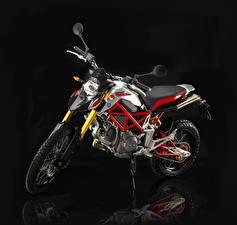 Картинки Крупным планом Черный фон 2012-16 Bimota DBx Мотоциклы