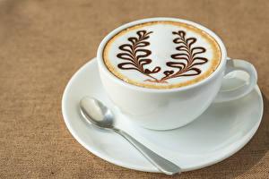 Картинки Напитки Кофе Капучино Цветной фон Чашка Ложка Еда