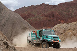 Фотографии IVECO Грузовики 2014-17 PowerStar Evolution II 4×4