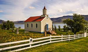 Фотографии Исландия Храмы Церковь Забор Трава Природа