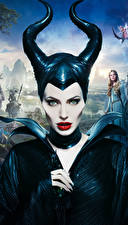 Фото Малефисента (фильм) Angelina Jolie Рога Взгляд Фильмы Девушки Знаменитости