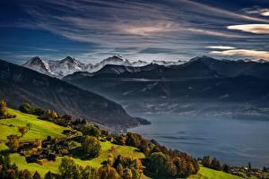 Фотографии Горы Пейзаж Луга Озеро Швейцария Альпы Lake Thun, Bernese Oberland