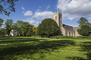 Картинки Великобритания Храмы Церковь Трава Saint Pauls Church Morton Gainsborough