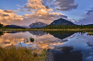 Фото Канада Парки Гора Озеро Вечер Пейзаж Банф Облака Отражается Природа