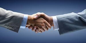 Картинка Вблизи Бизнес Руки Пожатие рук