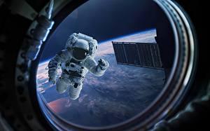 Фото Космонавты Окно Иллюминатор Космос