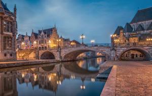 Обои Гент Бельгия Здания Вечер Мост Водный канал Уличные фонари город