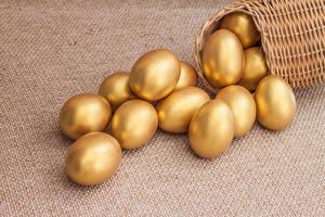 Фотографии Праздники Пасха Яйца Золотой