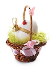 Фотографии Праздники Пасха Яйца Корзина Бантик
