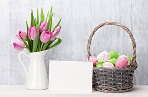 Картинка Праздники Пасха Тюльпаны Шаблон поздравительной открытки Кувшин Корзина Яйца Цветы