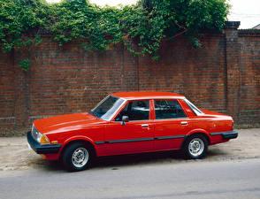 Фотографии Мазда Старинные Красный Металлик 1980-82 626 Sedan Автомобили