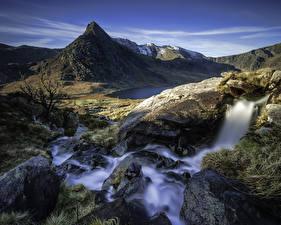 Обои Великобритания Горы Водопады Камни Пейзаж Утес Capel Curig Wales