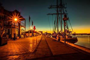 Фотография Австралия Дома Пристань Корабли Ночные Уличные фонари Набережная Port Adelaide