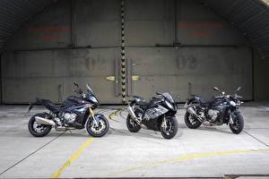Фотография БМВ Втроем S Series Мотоциклы