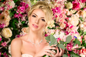 Картинки Блондинка Взгляд Лицо Красивые Девушки