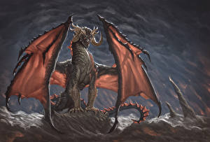 Фотографии Драконы Крылья Рога