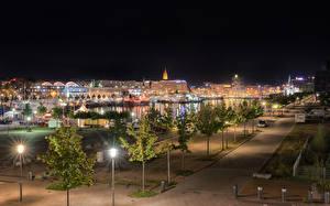 Обои Германия Здания Деревьев Улиц Уличные фонари Ночь Kiel Города