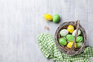 Обои Праздники Пасха Доски Яйца Корзина
