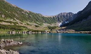 Обои Камчатка Россия Побережье Озеро Горы Природа