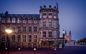Обои Нидерланды Вечер Дома Уличные фонари Arnhem Guelders