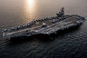 Обои Корабли Авианосец Сверху Американские USS Ronald Reagan (CVN 76)