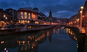 Фотография Испания Здания Реки Ночь Уличные фонари Водный канал Bilbao