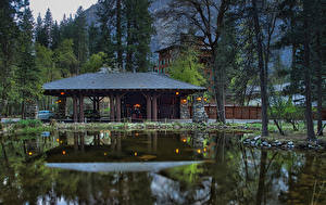 Обои США Парки Здания Пруд Йосемити Деревья Ahwahnee Hotel