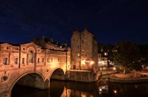 Фотографии Великобритания Здания Реки Ночь Уличные фонари Bath Somerset