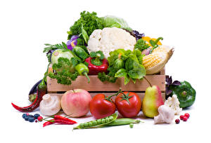 Фотографии Овощи Капуста Перец Яблоки Грибы Томаты Груши Белый фон Пища