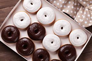 Фотографии Выпечка Пончики Шоколад