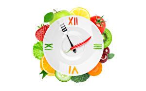 Фотографии Часы Креативные Фрукты Циферблат Тарелке Вилки Продукты питания