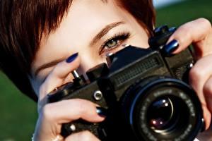 Фотография Пальцы Вблизи Фотокамера Фотограф Zenit Девушки