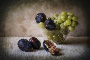 Картинки Фрукты Виноград Инжир Натюрморт Доски Еда