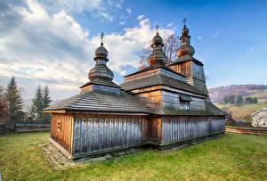 Фотографии Словакия Храмы Церковь Деревянный Купол Bodruzal Города