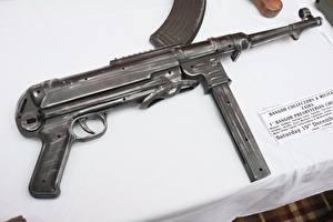 Фото Пистолет-пулемёт Вблизи Немецкий MP 40 Армия
