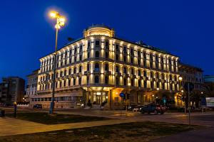 Картинки Тоскана Италия Дома Улица Ночь Уличные фонари Viareggio Города