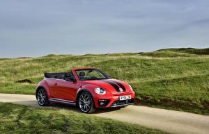 Обои Фольксваген Красных Металлик Кабриолета 2016 Beetle автомобиль