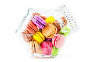 Картинки Белый фон Банка Макарон Разноцветные Еда